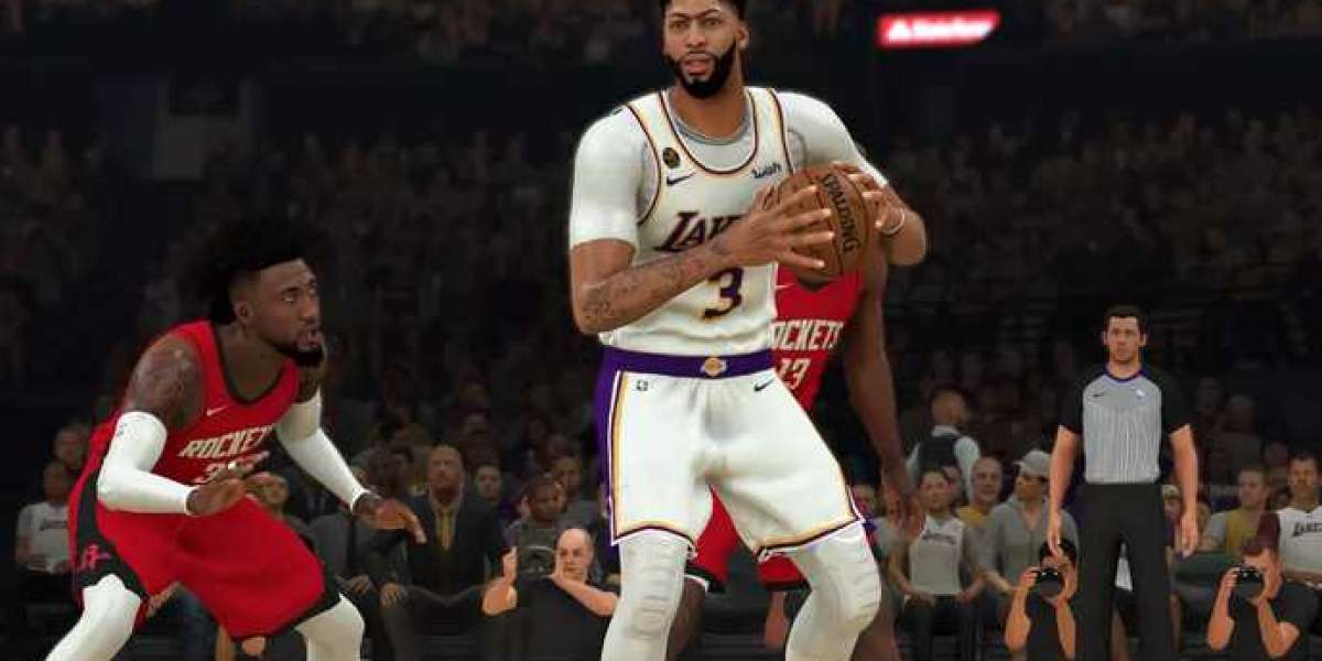 What are the changes in NBA 2K22 compared to NBA 2K21?